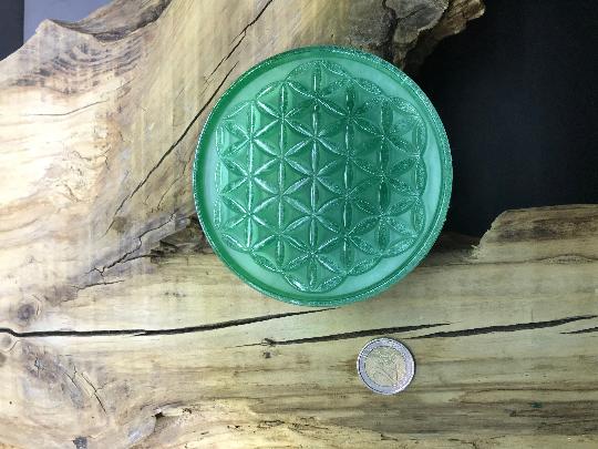 Orgonite fleur de vie 110mm avec shungite, cristal de roche
