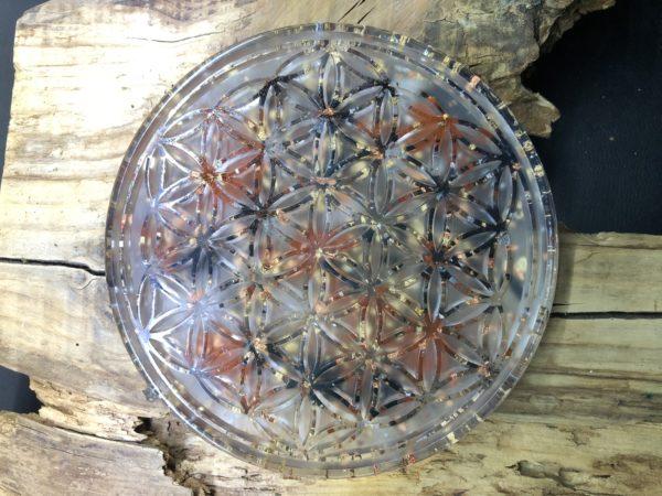 Orgonite fleur de vie 18cm avec Shungite/Jaspe rouge/Cristal de roche