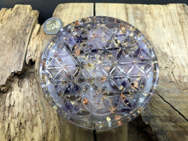 Orgonite fleur de vie 11cm avec Quartz rose/Améthyste/Cristal de roche